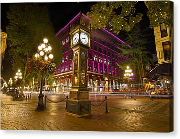 Historic Steam Clock In Gastown Vancouver Bc Canvas Print by Jit Lim
