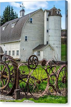 Historic Uniontown Washington Dairy Barn Canvas Print by Gary Whitton