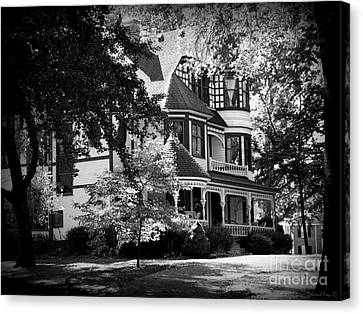 Historic Victorian Home Canvas Print