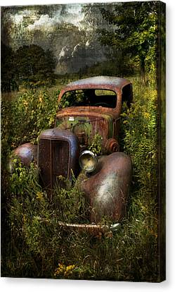 Historical Journey Canvas Print by Evie Carrier
