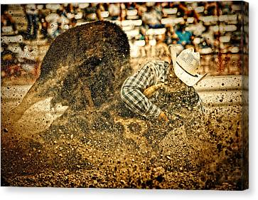 Hittin' The Dirt Canvas Print by Lincoln Rogers