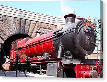 Hogwarts Express In Color 1 Canvas Print