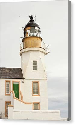 Holborn Head Lighthouse Canvas Print by Ashley Cooper