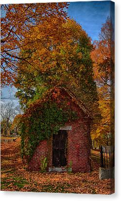 Canvas Print featuring the photograph Holding Up The  Fall Colors by Jeff Folger
