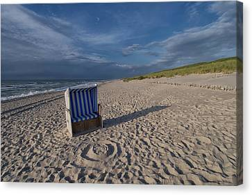 Canvas Print featuring the photograph Holiday In The Sand by Juergen Klust