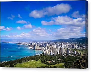 Honolulu Hawaii Canvas Print by Richard Brown