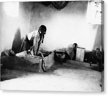 Hopi Bread Maker, C1912 Canvas Print by Granger