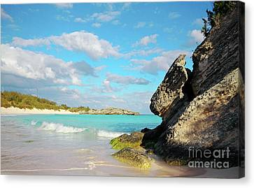 Horseshoe Bay In Bermuda Canvas Print