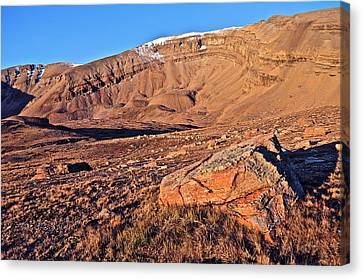 Horseshoe Mountain Dawn Canvas Print by Aaron Spong