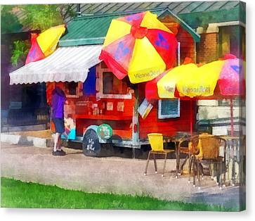 Hot Dog Stand In Mall Canvas Print by Susan Savad