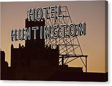 Hotel Huntington Canvas Print by Larry Butterworth