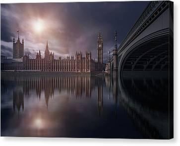 House Of Parliament Canvas Print
