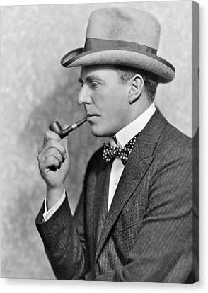 House Peters Smoking A Pipe Canvas Print by Underwood Archives