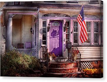 House - Porch - Cranford Nj - Lovely In Lavender  Canvas Print