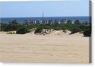 Houses Off Jockey's Ridge 7 Canvas Print by Cathy Lindsey
