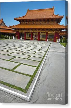 Hsi Lai Temple - 04 Canvas Print by Gregory Dyer