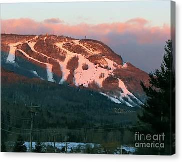 Hunter Mountain Morning Canvas Print by Donna Cavanaugh