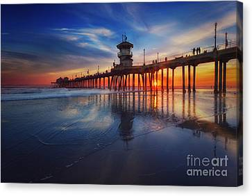 Huntington Beach Pier At Sunset Canvas Print