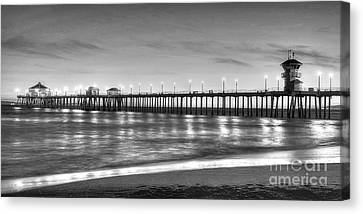 Huntington Beach Pier Twilight - Black And White Canvas Print