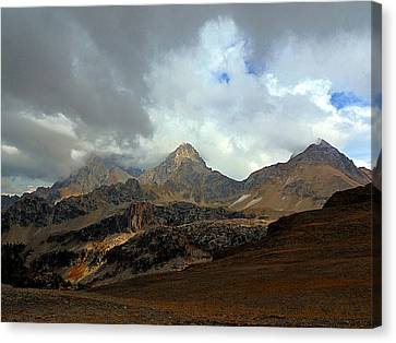 Hurricane Pass Canvas Print
