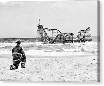 Hurricane Sandy Fireman Black And White Canvas Print by Jessica Cirz