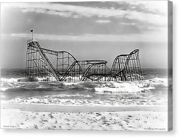 Hurricane Sandy Jetstar Roller Coaster Black And White Canvas Print