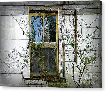 I Hear Ghosts Canvas Print by Lorraine Heath