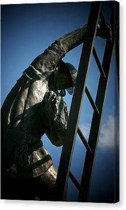 Iaff Fallen Firefighters Memorial  2 Canvas Print by Susan  McMenamin