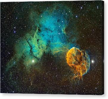 Ic443 - The Jellyfish Nebula Canvas Print by Bob  Franke