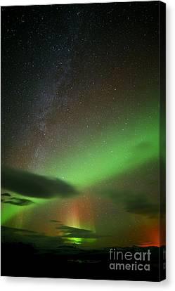 Iceland 5 Canvas Print by Mariusz Czajkowski
