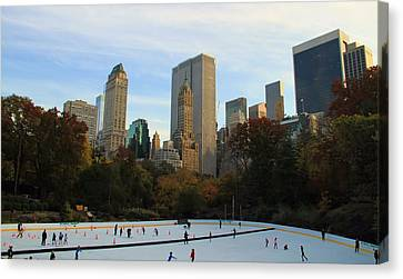 Iceskating In New York City Canvas Print by Dan Sproul