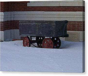 Canvas Print featuring the photograph Idle Wagon by Jonathon Hansen