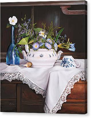Il Te' Del Pomeriggio Canvas Print by Danka Weitzen