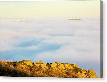 Ill Bell And The Kentmere Fells Canvas Print by Ashley Cooper