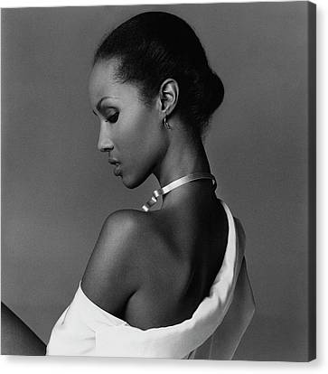 Iman Wearing A Necklace Canvas Print