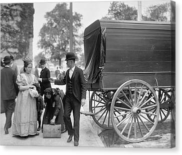 Immigrants At Battery Park, New York, N.y., C.1900 Bw Photo Canvas Print by Byron Company
