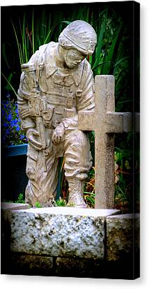 In Honor Of The Wounded Warrior Canvas Print by Kay Novy
