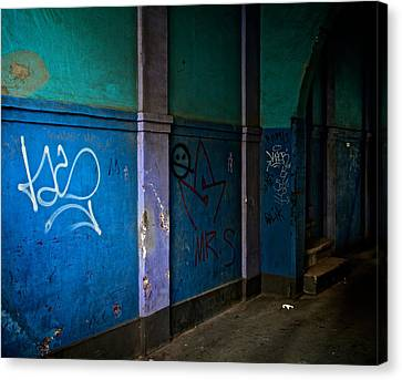 In The Alley Canvas Print by Odd Jeppesen