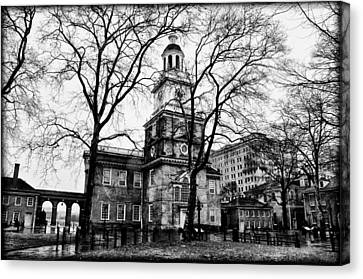Philadelphia Phillies Canvas Print - Independence Hall In Black And White by Bill Cannon