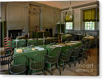 Independence Hall In Philadelphia Canvas Print by Olivier Le Queinec