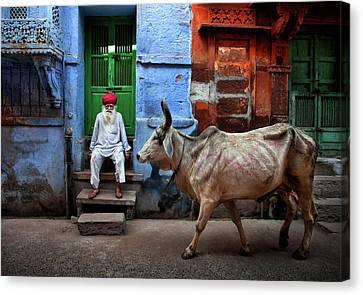 Door Canvas Print - India by Fadhel Almutaghawi