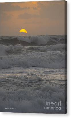 Indialantic Sunrise Canvas Print by Tannis  Baldwin