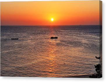 Indian Ocean Evening Scene Canvas Print by Aidan Moran