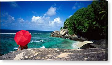 Indian Ocean Moyenne Island Seychelles Canvas Print by Panoramic Images