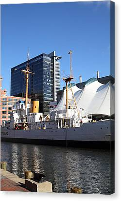 Inner Harbor At Baltimore Md - 121219 Canvas Print by DC Photographer