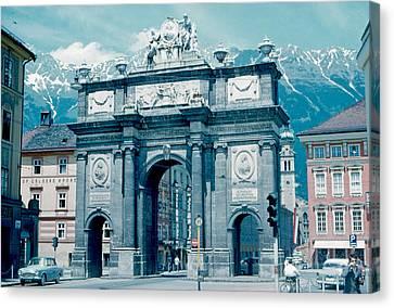 Innsbruck Austria 1962 Canvas Print by Cumberland Warden