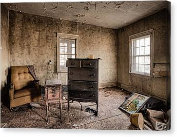Inside Abandoned House Photos - Old Room - Life Long Gone Canvas Print by Gary Heller