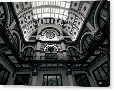 Inside Union Station Canvas Print by Dan Sproul