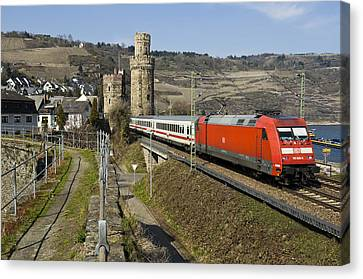 Intercity Train Passing Oberwesel Germany Canvas Print by David Davies