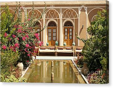 Interior Garden With Pond In Yazd Iran Canvas Print